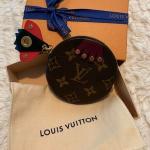Louis Vuitton Keychain coin holder